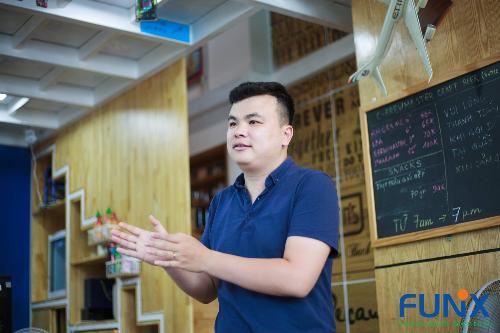 Chuyên gia Nguyễn Thạch Nguyên chia sẻ về UX tại xDay.
