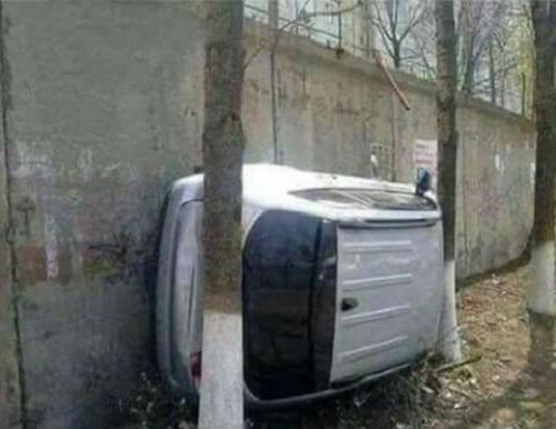 Bí kíp đỗ xe ở khe hẹp.
