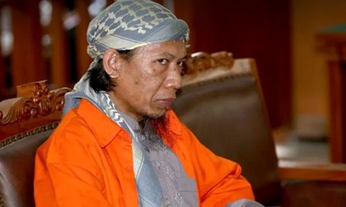 Aman Abdurrahman là kẻ đứng đầu nhóm phiến quân có liên hệ với IS ở Indonesia. Ảnh: AP.