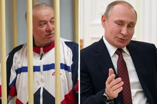 Tổng thống Nga Putin, phải, và cựu điệp viên Nga Skripal. Ảnh: Daily Star.