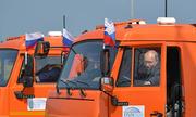 Tổng thống Nga Putin có bằng lái xe tải hạng nặng 20 năm trước