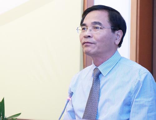 Phó tổng thư ký Quốc hội Lê Bộ Lĩnh thông tin về nội dung dự kiến kỳ họp thứ 5. Ảnh: Giang Huy.