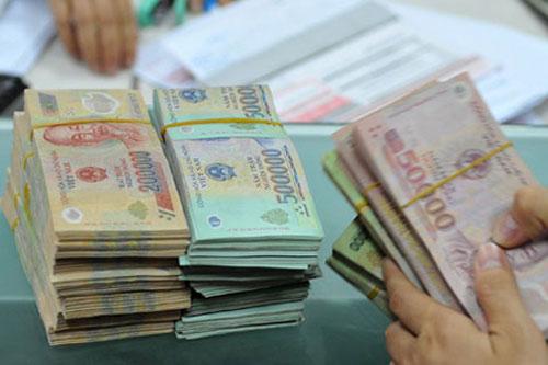 Từ tháng 7, lương cơ sở của công chức sẽ tăng lên 90.000 đồng. Ảnh: PV