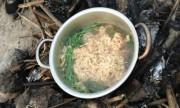 Dân Tam Äảo tá» phượt thủ hái trá»m rau su su nấu má»³ tôm