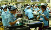 Vì sao tăng ca chỉ nhận 30.000 đồng nhưng công nhân không kiện?