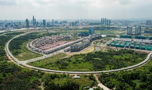 Báo cáo tổng hợp kiến nghị cử tri gửi tới kỳ họp Quốc hội nêu sự việc ở Khu đô thị Thủ Thiêm. Ảnh: Quỳnh Trần.