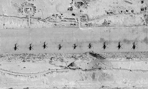 Phi đội trực thăng Nga đóng tại căn cứ T-4. Ảnh: Almasdar News.