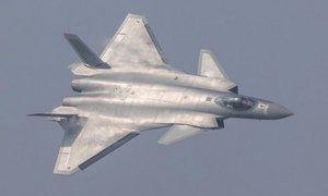 Học giả Trung Quốc kêu gọi dùng tiêm kích J-20 dọa Đài Loan