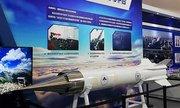 Trung Quốc lần đầu công khai tên lửa siêu vượt âm
