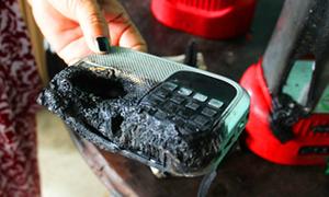 Vật dụng trong nhà dân ở Long An liên tục bốc cháy