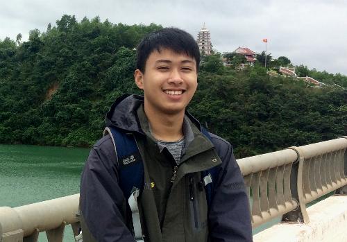 Thế Quỳnh nhắc tới tình cảm đặc biệt với vùng đất Quảng Bình trong bài luận. Ảnh: NVCC