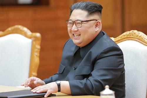 Lãnh đạo Triều Tiên Kim Jong-un hôm 25/5. Ảnh: KCNA.