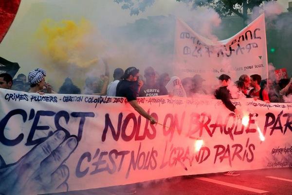 paris-protest-9754-1527382098.jpg