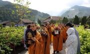 Lễ mừng Phật đản tại Đại Bảo Tháp Mandala Tây Thiên