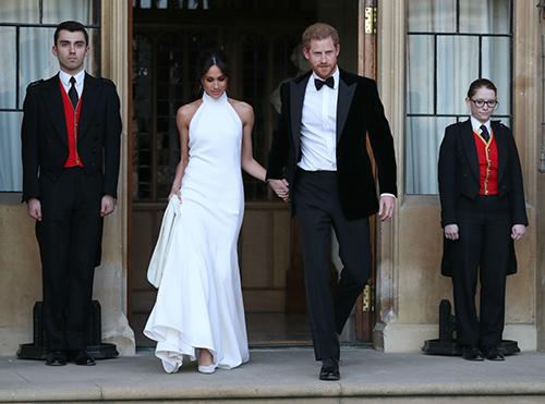 Hoàng tử Harry và Meghan Markle trong ngày cưới 19/5. Ảnh: AFP