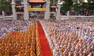 Người Sài Gòn mừng Đại lễ Phật đản