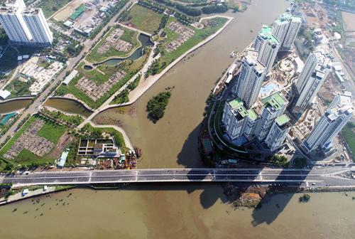 Cầu qua đảo Kim Cương nhìn từ trên cao. Ảnh: Quỳnh Trần