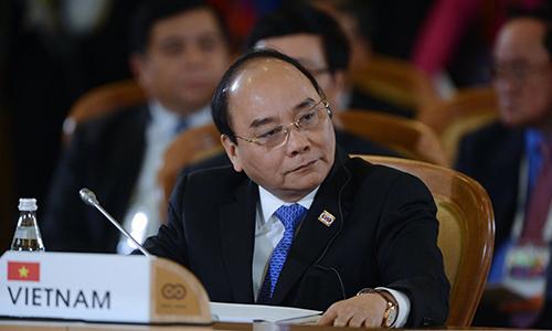 Thủ tướng Nguyễn Xuân Phúc tạiHội nghị cấp cao ASEAN - Nga tại Sochivào ngày 20/5/2016. Ảnh: VGP.
