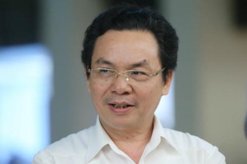 Đại biểu Hoàng Văn Cường, Phó giám đốc Đại học kinh tế quốc dân Hà Nội. Ảnh: Nguyễn Phúc