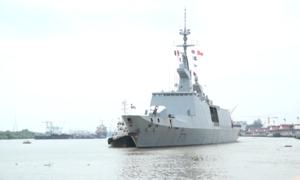 Chiến hạm Pháp cập cảng Sài Gòn