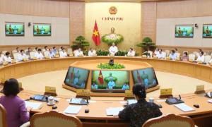 Thủ tướng Nguyễn Xuân Phúc: Không tăng giá điện năm nay
