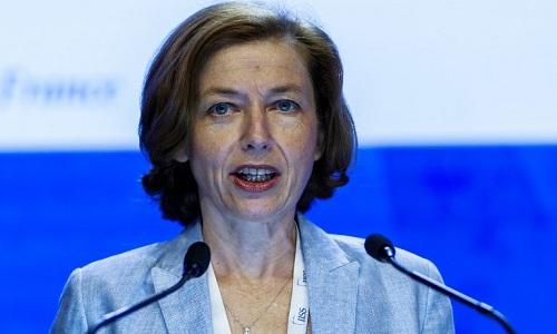 Bộ trưởng Quốc phòng Pháp Florence Parly phát biểu tại Đối thoại Shangri-La 17, Singapore ngày 3/6. Ảnh: AFP.