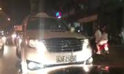 Tài xế ép hàng loạt xe máy, ôtô nhập đúng làn ở Đà Nẵng