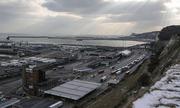 Thiếu niên người Việt được tìm thấy trong vali ở bến cảng Anh