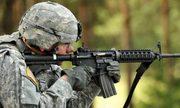 Tân binh Mỹ ngắm bắn bằng thước cơ khí vì sợ tác chiến điện tử