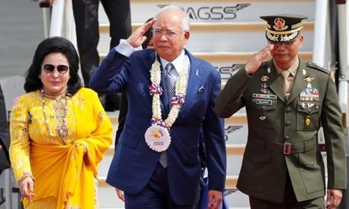 Vợ chồng cựu thủ tướng Malaysia Najib Razak tại hội nghị thượng đỉnh Hiệp hội các nước Đông Nam Á tháng 11/2017. Ảnh: Reuters.