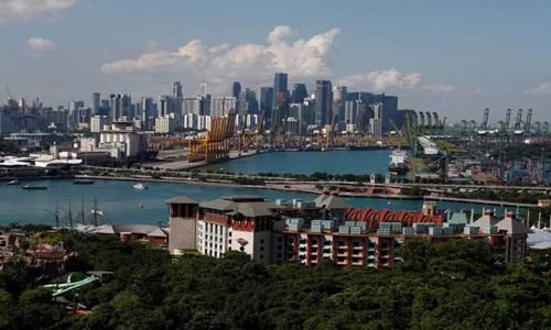 Đảo Sentosa, nơi diễn ra hội nghị thượng đỉnh Mỹ - Triều và khu trung tâm thương mại ở Singapore. Ảnh: Reuters.