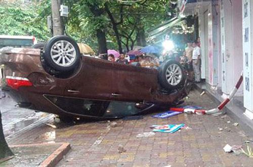 Chiếc xe gây tại nạn liên hoàn trên phố Huế gần năm năm trước.