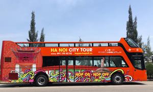 Khách Tây: 'Xe buýt 2 tầng tại Hà Nội tốt hơn nhiều nơi khác'