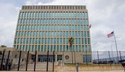 Đại sứ quán Mỹ ở Havana, thủ đô Cuba. Ảnh: Reuters.