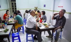 Đầu bếp Bourdain nói về Hà Nội và bữa bún chả với Obama