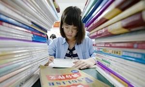 Trẻ Trung Quốc chuẩn bị cho kỳ thi đại học từ mẫu giáo