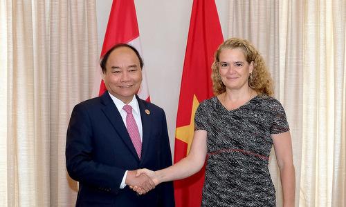 Thủ tướng Nguyễn Xuân Phúc gặp Toàn quyền Canada hôm 8/6. Ảnh: TTXVN.