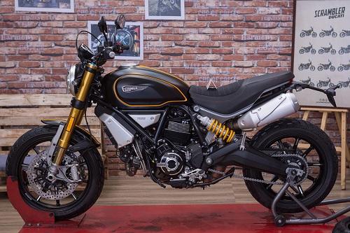 Ducati Scrambler 1100 Sport chính hãng Việt Nam.