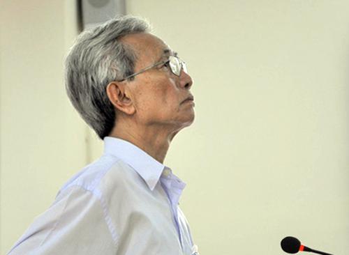 Bị cáo Nguyễn Khắc Thủy tại phiên tòa phúc thẩm. Ảnh: NLĐ