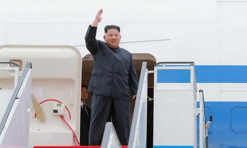 Kim Jong-un đặt chân tới Singapore hôm 10/6. Ảnh: Reuters.