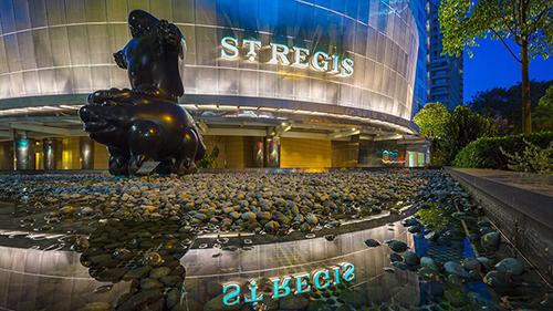 Khách sạn St Regis Singapore, nơinơi ông cùng các quan chức Triều Tiên sẽ lưu lại đến ngày 12/6.