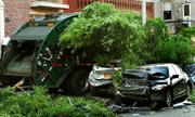 Tài xế xe chở rác say rượu, ủn một loạt 9 ôtô