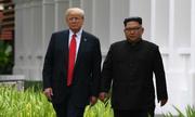 Trump khoe siêu xe 'Quái thú' với Kim Jong-un