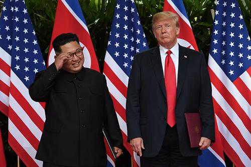 Donald Trump vàKim Jong-unhội nghị thượng đỉnh Mỹ - Triều Tiên