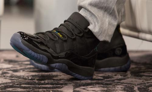 Đôi giày Jordan mà Clardy đã đi khi phạm tội.