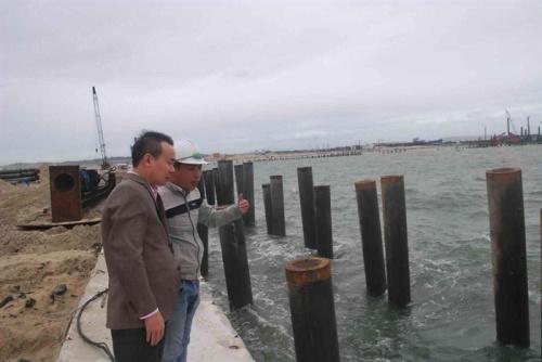 Chuyên gia khảo sát thực địa khu vực phát hiện tàu cổ đắm tại vùng biển Dung Quất. Ảnh: Bảo tàng lịch sử quốc gia