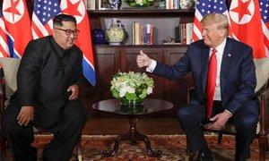 Trum ca ngợi 'mối quan hệ tuyệt vời' với Kim Jong-un