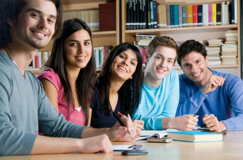 Bắt đầu suy nghĩ hay bàn luận về các trường không bao giờ là quá sớm