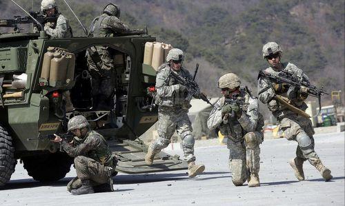 Lính Mỹ trong cuộc tập trận Đại bàng non với Hàn Quốc năm 2015. Ảnh:AP.