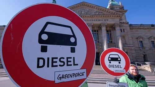 Xe dùng động cơ diesel bị cấm tại một số tuyến đường chính của Hamburg, Đức.